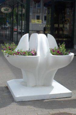 Moderni betoninė vaza