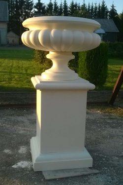 Betoninė klasikinė vaza