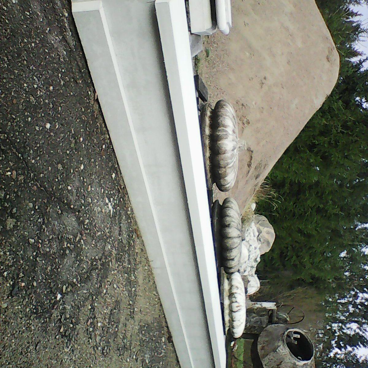 Tvoros tarpstulpis